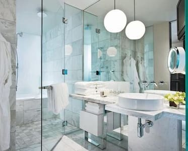 30th Floor Luxury High Rise Studio - Las Vegas - Condominium