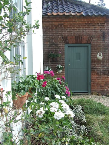 a  small self catering cottage - North Norfolk District - Hus