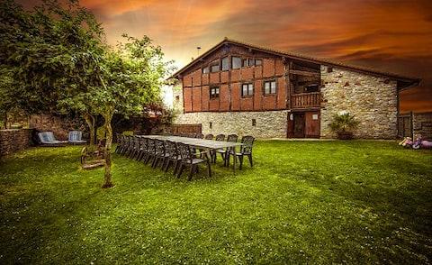 Casa Rural APEZETXEA Landetxea