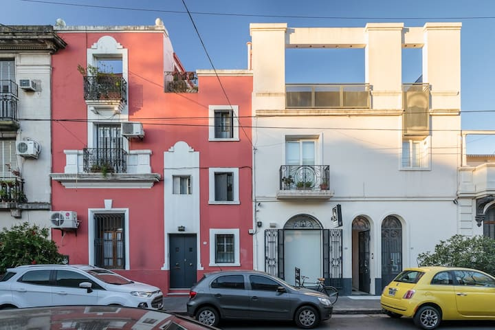 Spectacular design house in Palermo SOHO