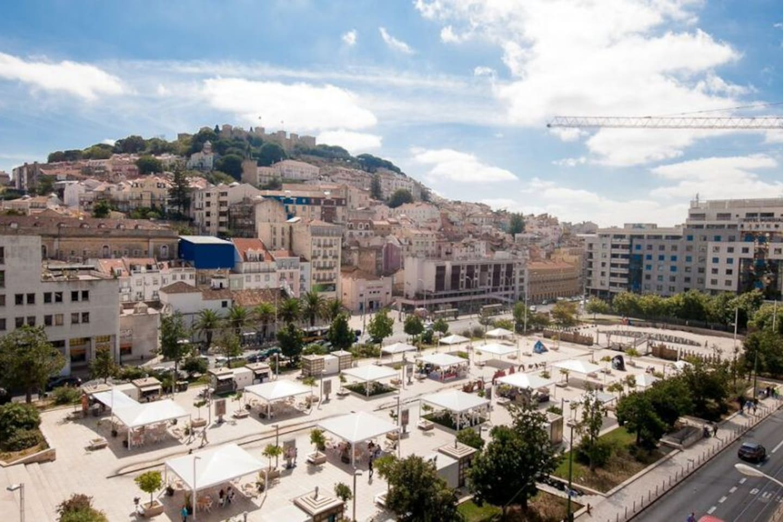 Excelent central location Martim Moniz square just 1 minute walk!