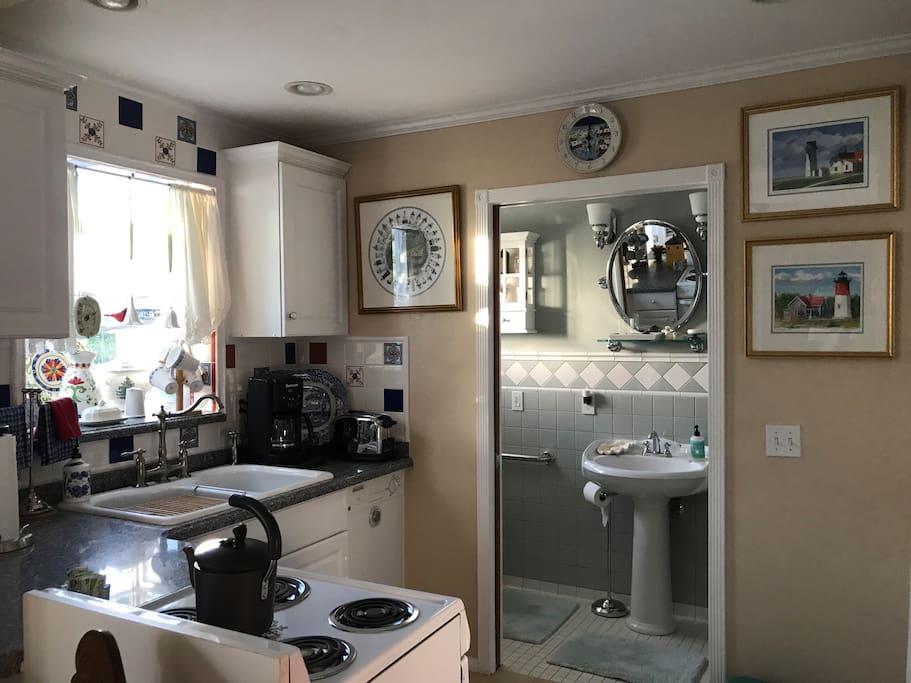 Full kitchen & attached bathroom.