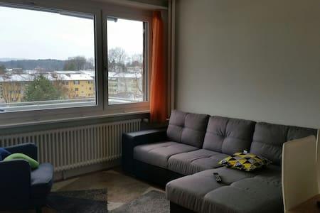 Simple,Clean (byAirport) Room - 4th Floor