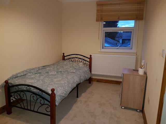 Comfy single bedroom in Croydon - Croydon/London - Casa