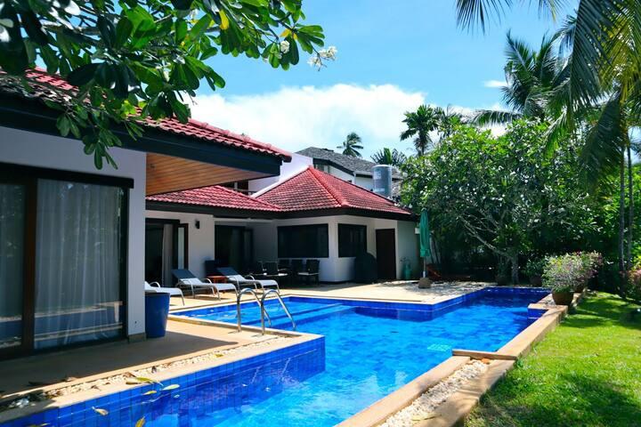 Surin beach 4 bedroom private pool villa