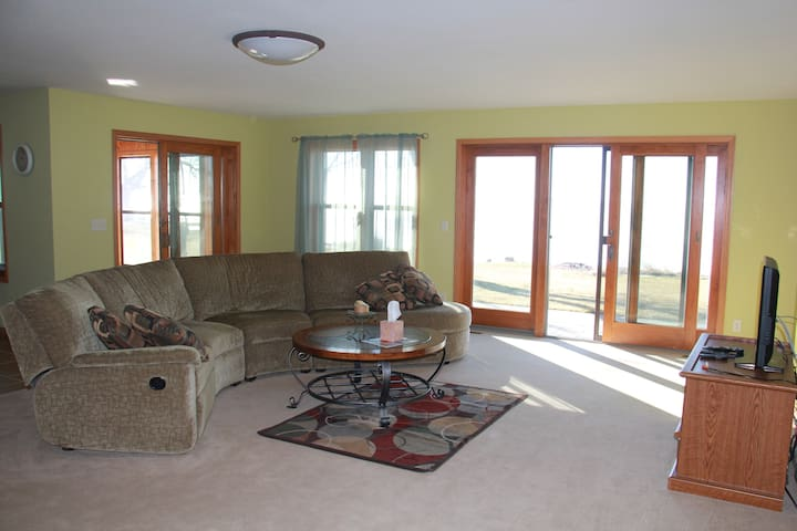 3 bedroom lake house in Oshkosh WI - Oshkosh - Hus