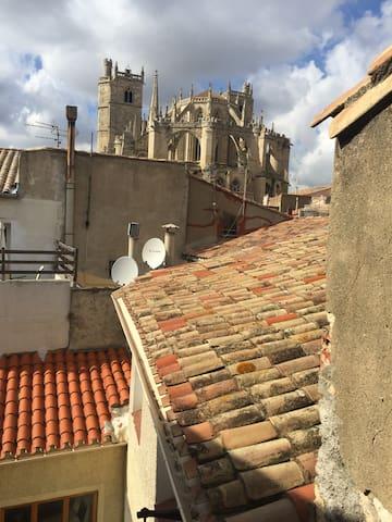charmant 3p en plein centre ville apartments for rent in narbonne occitanie france. Black Bedroom Furniture Sets. Home Design Ideas
