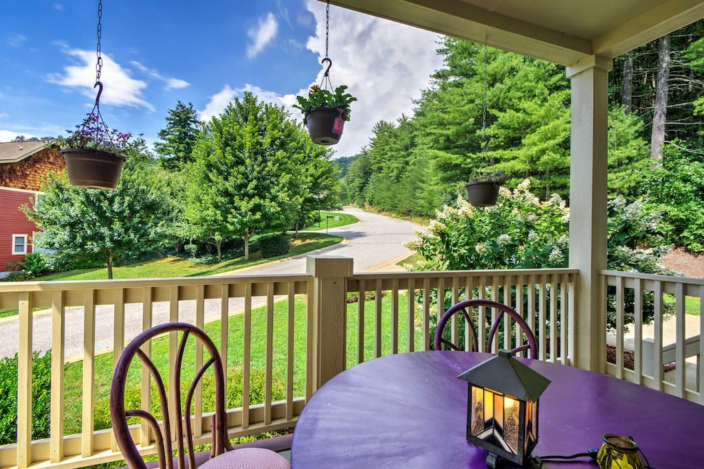 Start your mornings with a hot coffee or fresh iced tea on the wonderful front porch.