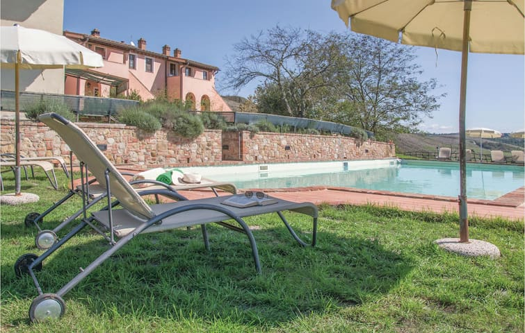 Holiday apartment with 1 bedroom on 65m² in Toiano PI