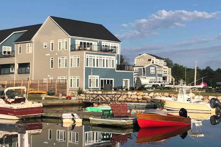 Mahone Bay Condo - Coastal Getaway