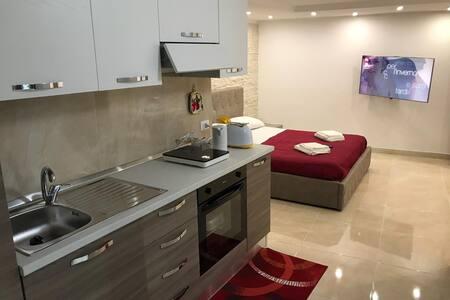 """""""Federico II"""" appartamento in centro a Monreale"""
