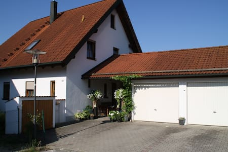 Welterbe Regensburg & Altmühltal: Einfamilienhaus - Casa