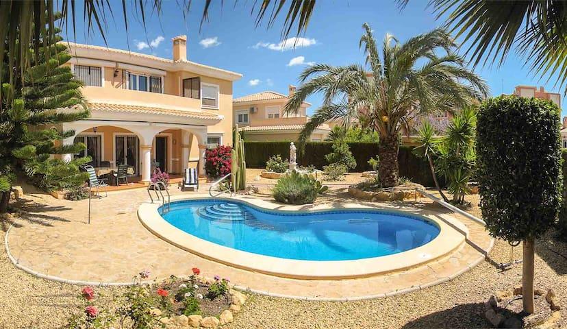 Villa for 6 - Bonalba Golf Resort Spa - Mutxamel