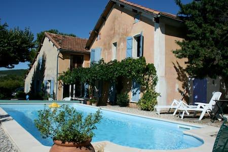 Provencal villa with private pool, vineyard views - Vaison-la-Romaine - Casa