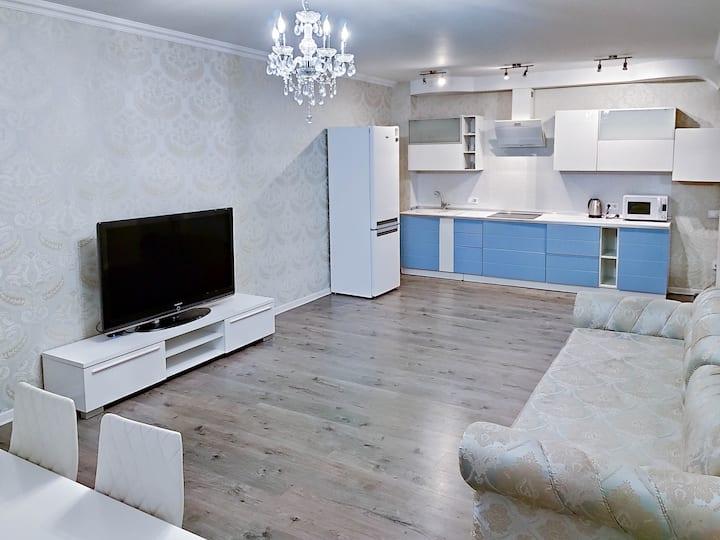 Grunvald Kiev Apartment LUX