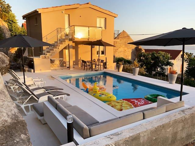 Coastal villa with class. Villa Stipisa