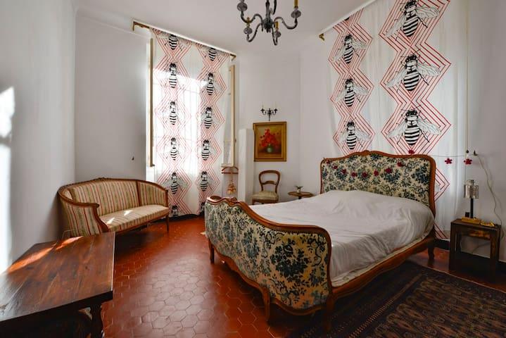Chambre privée Ajaccio/quartier des étrangers