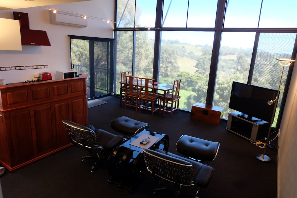 No.7 Living area with view. High blinds for direct full sun