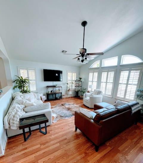 Buck's Home - Austin, TX suburb