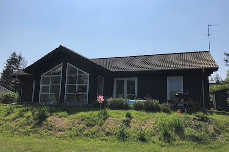Kid-friendly home away from home, Helgenæs - 130qm