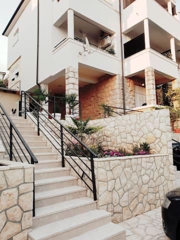 Villa Lucija1