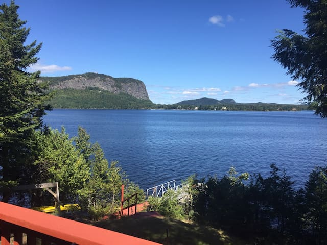 Cottage on Moosehead Lake with views of Kineo Mt!
