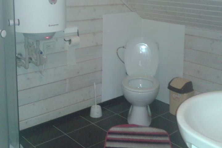 private bathroom interior example