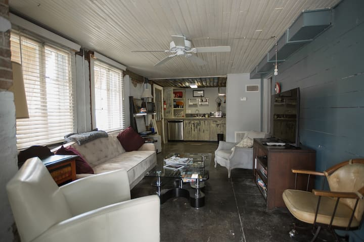 Two Bedroom Carriage House Basement | Downtown