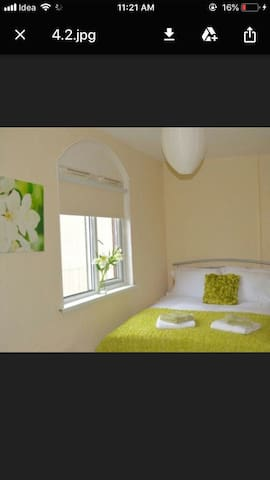 City Centre Double Room in shared apartment 4.2