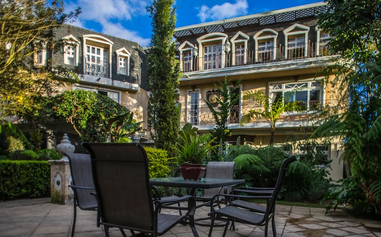 Exclusive Royal Suite near Antigua Guatemala