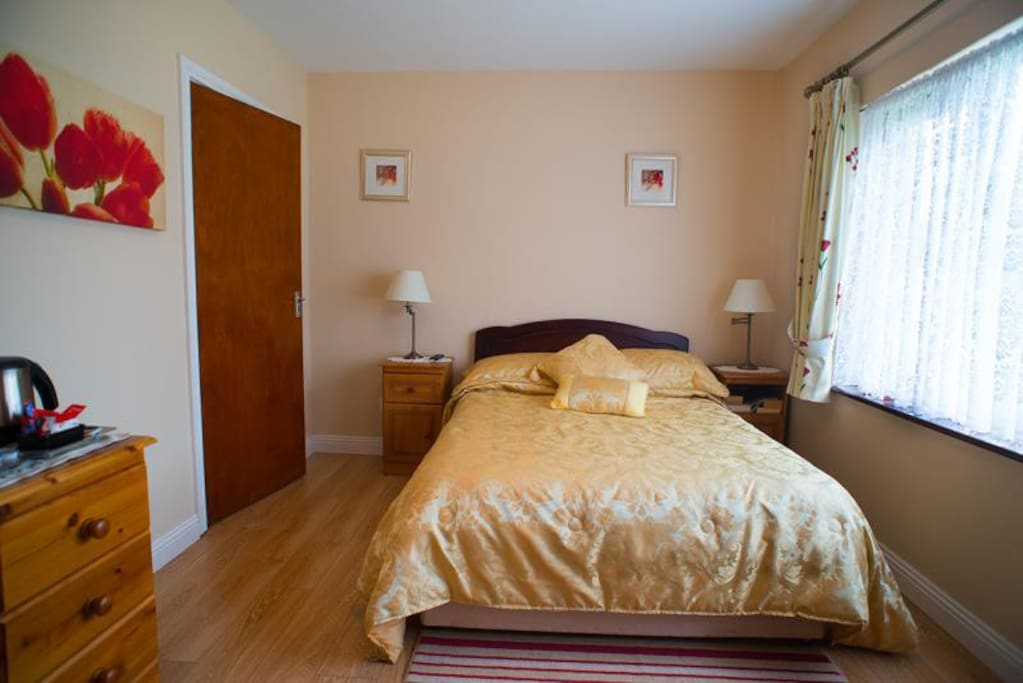 Double Bed for two people - en suite