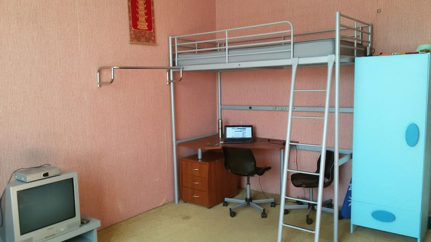 Сдаю комнату в 3хкомнатной квартире - Khimki - Lägenhet