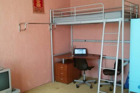 Сдаю комнату в 3хкомнатной квартире - Khimki