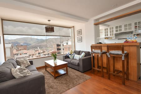 BEAUTIFUL VIEW, SAFE QUIET NEIGHBORHOOD, SLEEPS 4 - Cusco