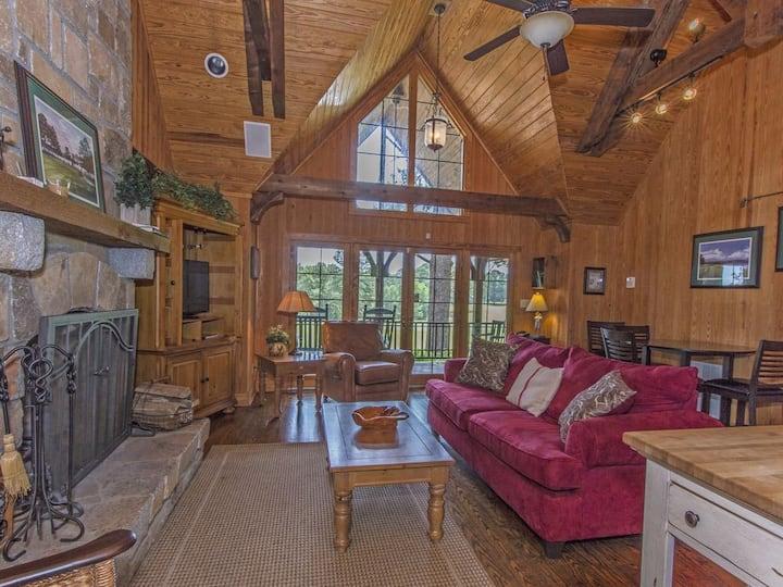 Cozy Cuscowilla Golf/Lake Oconee Cottage