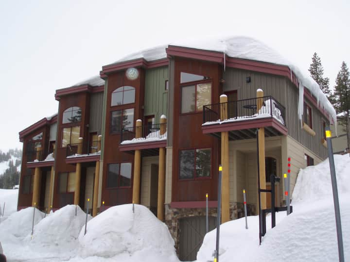 Kirkwood luxurious town house with great views