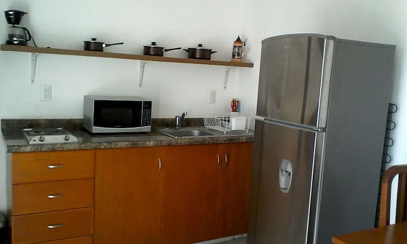 Apartamento cerca Machado, Malecón, playa
