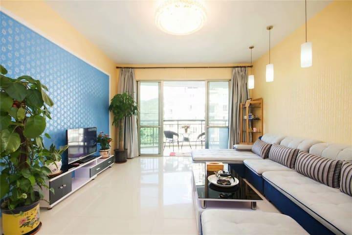 三亚海初公寓三房两厅,连住4天免费接机