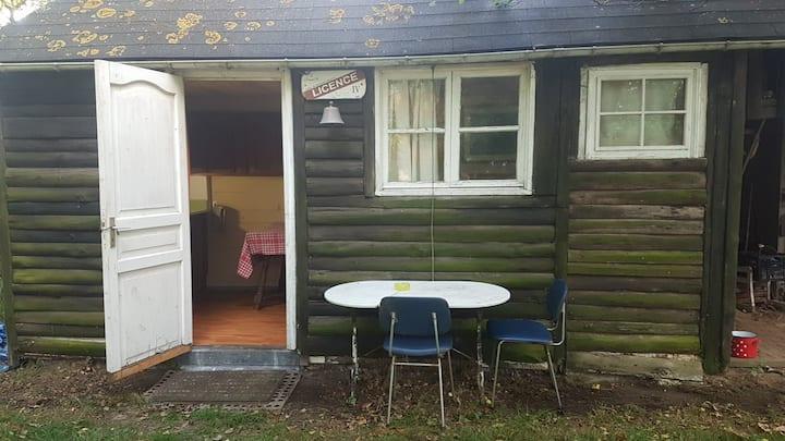 Maisonnette type studio en pleine campagne