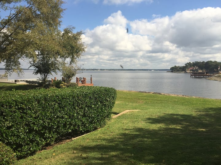 Gorgeous House on the Lake Conroe
