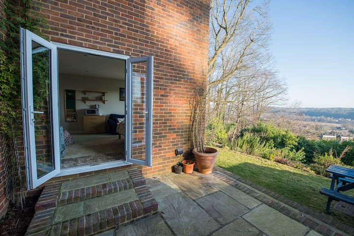 Double Room with Stunning Views - Godalming