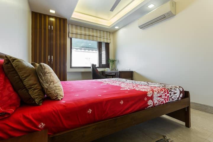 Sunny south delhi studio with high speed WiFi & AC