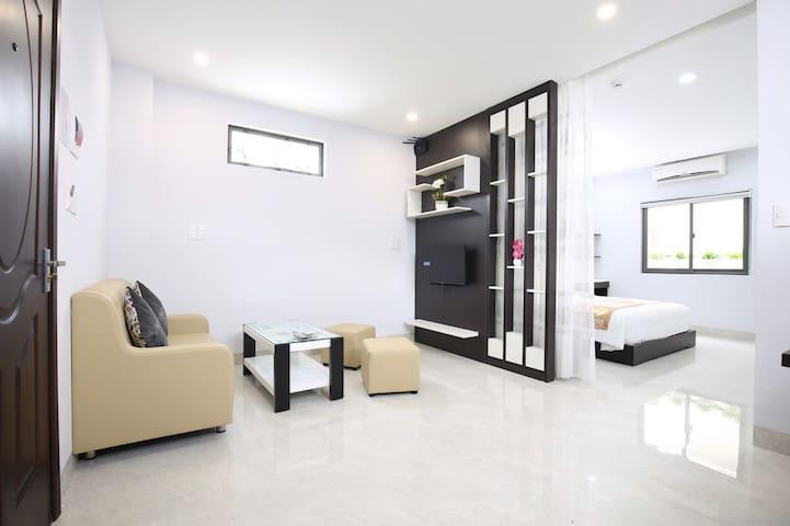 Tourane Beachside Apartment