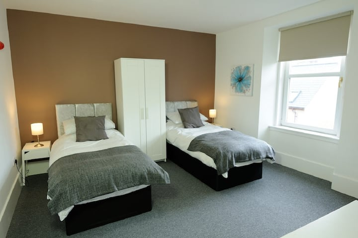 Sea View House Room 1 with Twin Beds