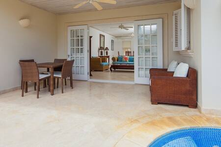 Your Perfect Caribbean Home in Classic Colonial Style - Mullins - Huis