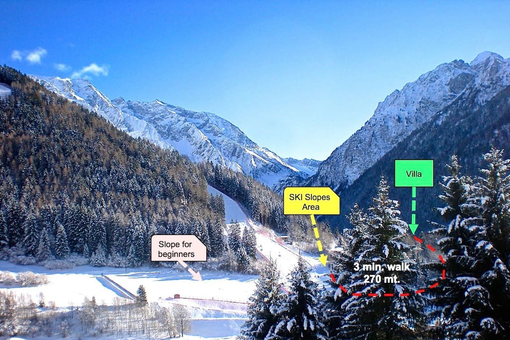Ski slopes 3 minutes walk from the villa