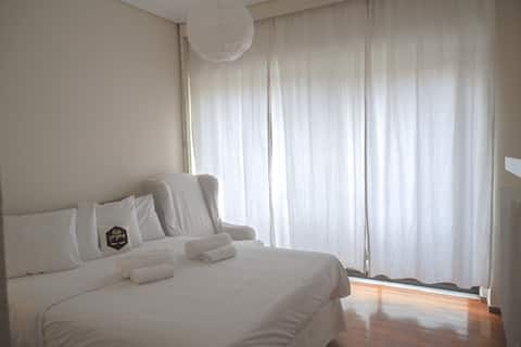 Bee apartment in Volos-❤travelling or shopping