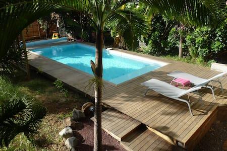 Villa tropicale dans jardin exotique - Etang-Salé les Hauts - 別墅