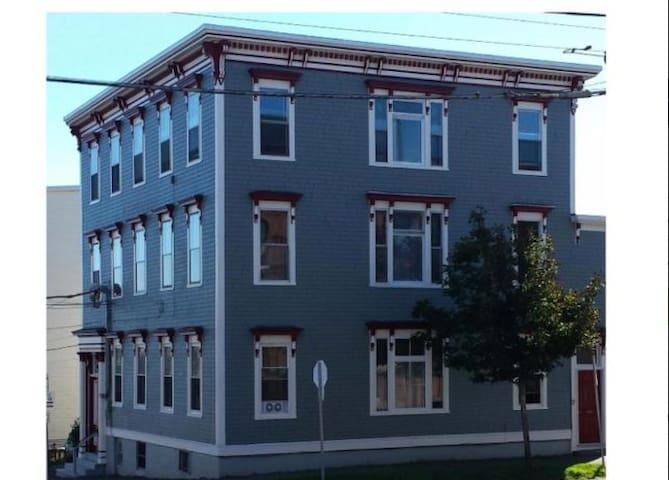 Nice bachelor suite in Uptown Saint John - Saint John - Lägenhet