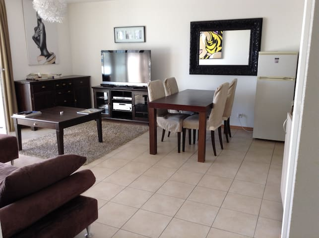 Belle appartement de 2 pièces avec balcon - Morges - Lägenhet